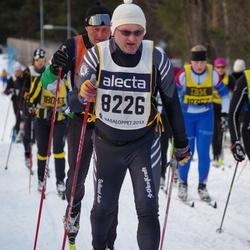 Skiing 90 km - Anders Frisinger (8226)