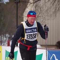 Skiing 90 km - Åge Fossli (13938)