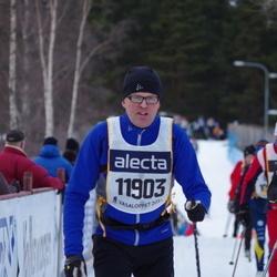 Skiing 90 km - Anders Mårdh (11903)