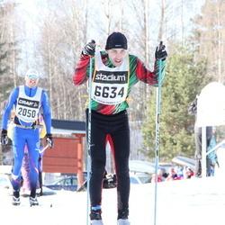 Skiing 90 km - Carl Söderqvist (2050), Håkan Ottosson (6634)