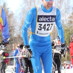 Skiing 90 km - Henrik Ljunggren (3427)