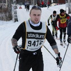 Skiing 90 km - Henrik Pehrson (9412)