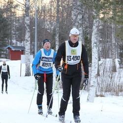 Skiing 90 km - Christian Sporrong (10911), Mikael Frölander (13490)