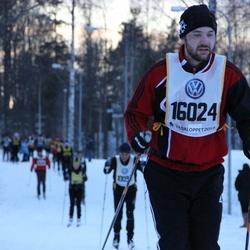 Skiing 90 km - Alexander Madrell (16024)