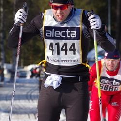 Skiing 90 km - Henrik Jonsson (4144)