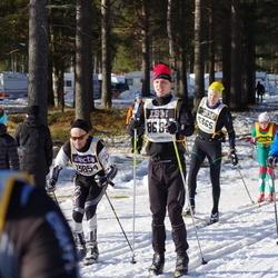 Skiing 90 km - Anders Lundholm (15740)