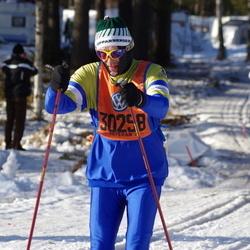 Skiing 90 km - Hjalmar Nordquist (30298)
