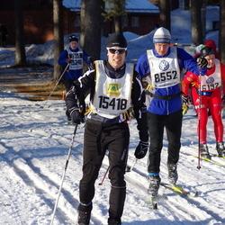Skiing 90 km - Ulf Lindahl (8552), David Pettersson (15418)