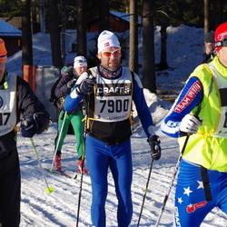 Skiing 90 km - Espen Glendrange (7900), Anders Lindeborg (13117)