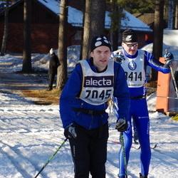 Skiing 90 km - Björn Bodén (7045), Ulf Wollart (10053)