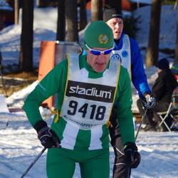 Skiing 90 km - Henry Nyberg (9418)