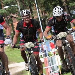 Cycling 90 km - Jan-Olof Johansson (1298), Johan Gustafsson (2082), Niklas Rosen (2113)