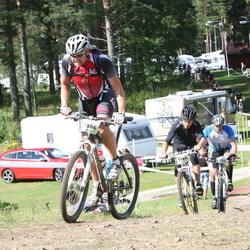 Cycling 90 km - Dick Karlsson (5806), Jari Olavison (5966)