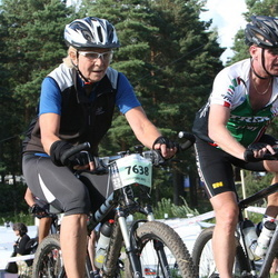 Cycling 90 km - Agneta Lennartsson (7638), Örjan Faye Holm (11145)