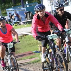 Cycling 90 km - Anna Gustafsson (7724), Carita Liljefjäll (11806)