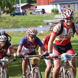 Cycling 90 km - Marcus Ericson (904), Henriette Brynthe (1109)