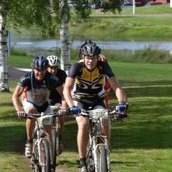Cycling 90 km - Mats Nyström (2115), Christer Ekskog (2157)