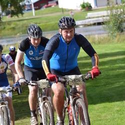 Cycling 90 km - Martin Lundberg (2976), Björn Broberg (3095)