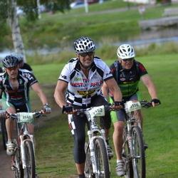 Cycling 90 km - Ole Andreas Frivik (3452), Åke Lissmats (3541)