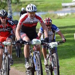 Cycling 90 km - Arvo Teppola (2835), Hans Daniels (4258)