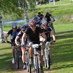 Cycling 90 km - Fredrik Lans (3716), Patric Englund (3887)