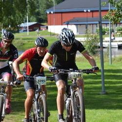 Cycling 90 km - Christoffer Haraldsson (3299), Jonas Wassberg (4375)