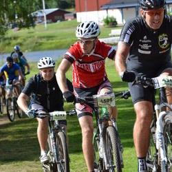 Cycling 90 km - Daniel Hellström (4393), Tomas Josefsson (4509)