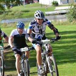 Cycling 90 km - Henrik Andersson (4434), Mattias Johansson (4511)