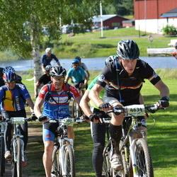 Cycling 90 km - Ola Bäck (4634), Anders Törling (5307)