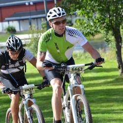 Cycling 90 km - Mårten Lindqvist (6662), Henrik From (6833)
