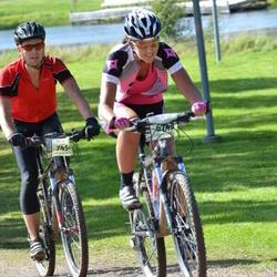 Cycling 90 km - Maria Eld (6743), Fredrik Ringborg (7454)