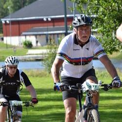 Cycling 90 km - Anders Reinholdsson (6408), Björn Kjernsvik (6537)