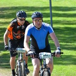Cycling 90 km - Anders Nisser (6421), Niklas Brunefeldt (9244)