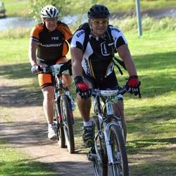 Cycling 90 km - Denis Palcic (9171), Thomas Berglund (9235)