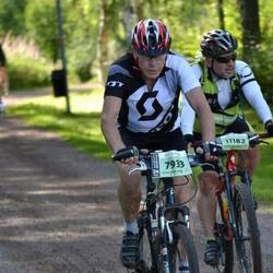 Cycling 90 km - Ingvar Thor (7933), Adam Kisielewski (11182)