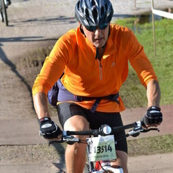 Cycling 90 km - Anders Hallberg (13514)