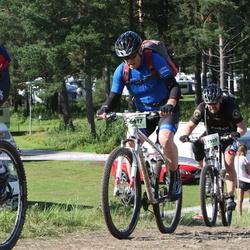 Cycling 90 km - Åke Höglund (6417), Juha Koikeroinen (7303)