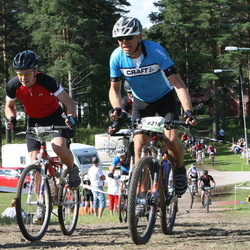 Cycling 90 km - Lennart Ohlsson (8129), Arne Borge (9216)