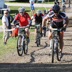 Cycling 90 km - Carl-Magnus F Olesen (7832), Marcus Rödström (12028)