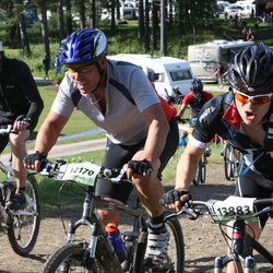 Cycling 90 km - Anders Olsson (11666), Robert Johansson (12170), Ivan Hedlund (13883)