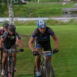 Cycling 90 km - Rolf Svensson (59), Eive Fahlin (471)