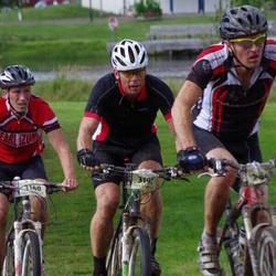 Cycling 90 km - Henrik Jäderström (3140), Peter Larsson (3197)