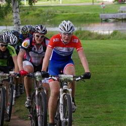 Cycling 90 km - Albin Ahlbäck (3113), Espen Utgård Saether (3196)