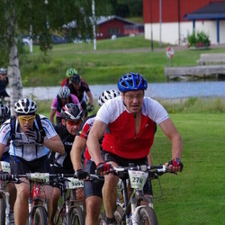 Cycling 90 km - Esko Stadig (2741), Roger Lingeteg (3495)