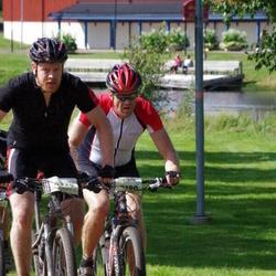 Cycling 90 km - Christer Litzell (4190), Sebastian Genberg (4320)