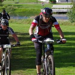 Cycling 90 km - Christer Gustavsson (3677), Johan Moberg (4918)