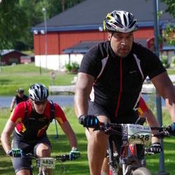 Cycling 90 km - Osmon Scipio (4328), Carl Stewart (4824)