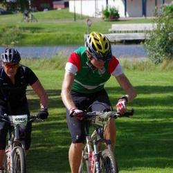 Cycling 90 km - Håkan Samor (3944), Christian Grenander (4046)