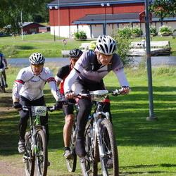 Cycling 90 km - Robert Berg Nordmark (4055), Christian Arthursson (4872)