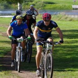 Cycling 90 km - Carl-Johan Gerremo (4673), Nicholas Fokine (5811)